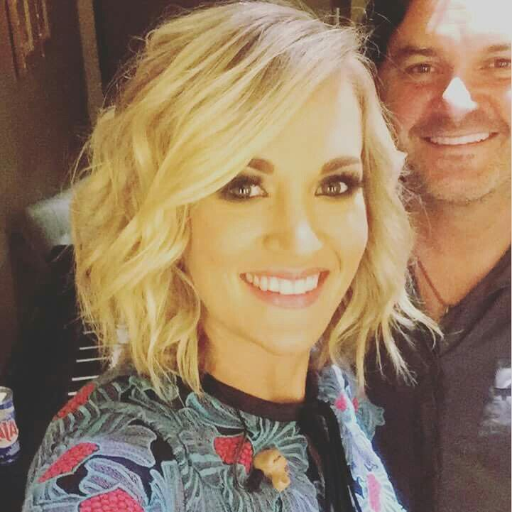 Love This Carrie Underwood Hair And Makeup Pinterest