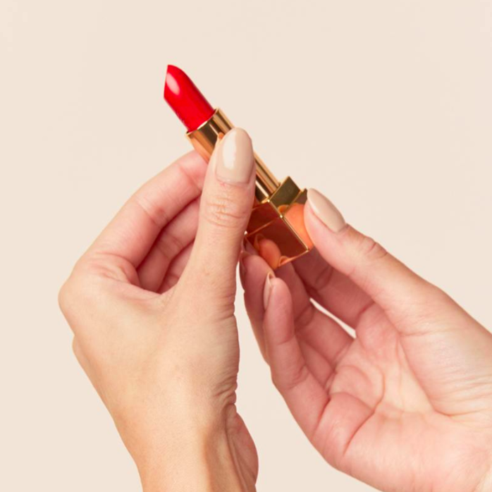 7 Things You Need to Know When Shopping for Makeup Online