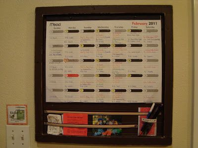 The Creative Homemaker: My Organized Home, Part 1- The Colorful Calendar
