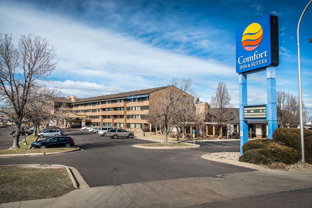 Comfort Inn Suites Stapleton This Is The Cheapest Well