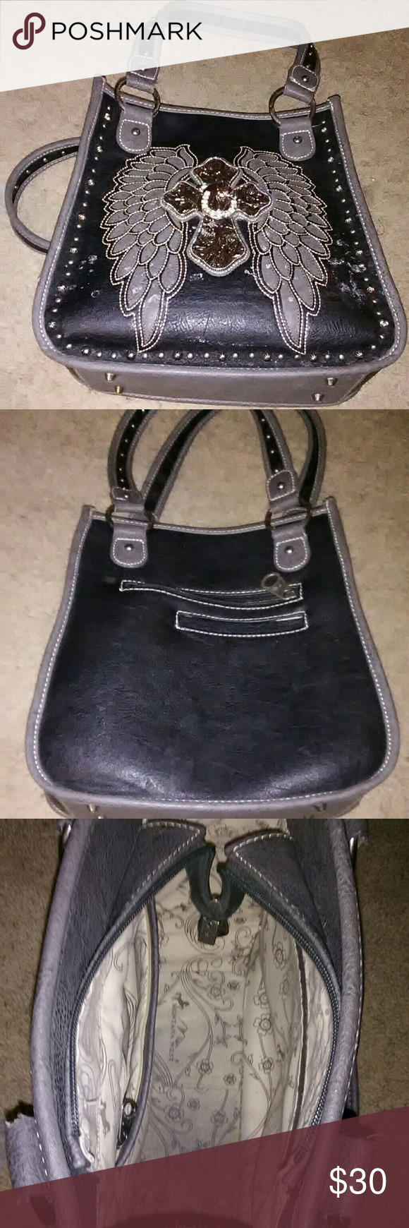 Bling purse Montana West blingy purse. GUC. Zipper on inside pocket is broke. Other than that in really good condition. Montana West Bags Shoulder Bags