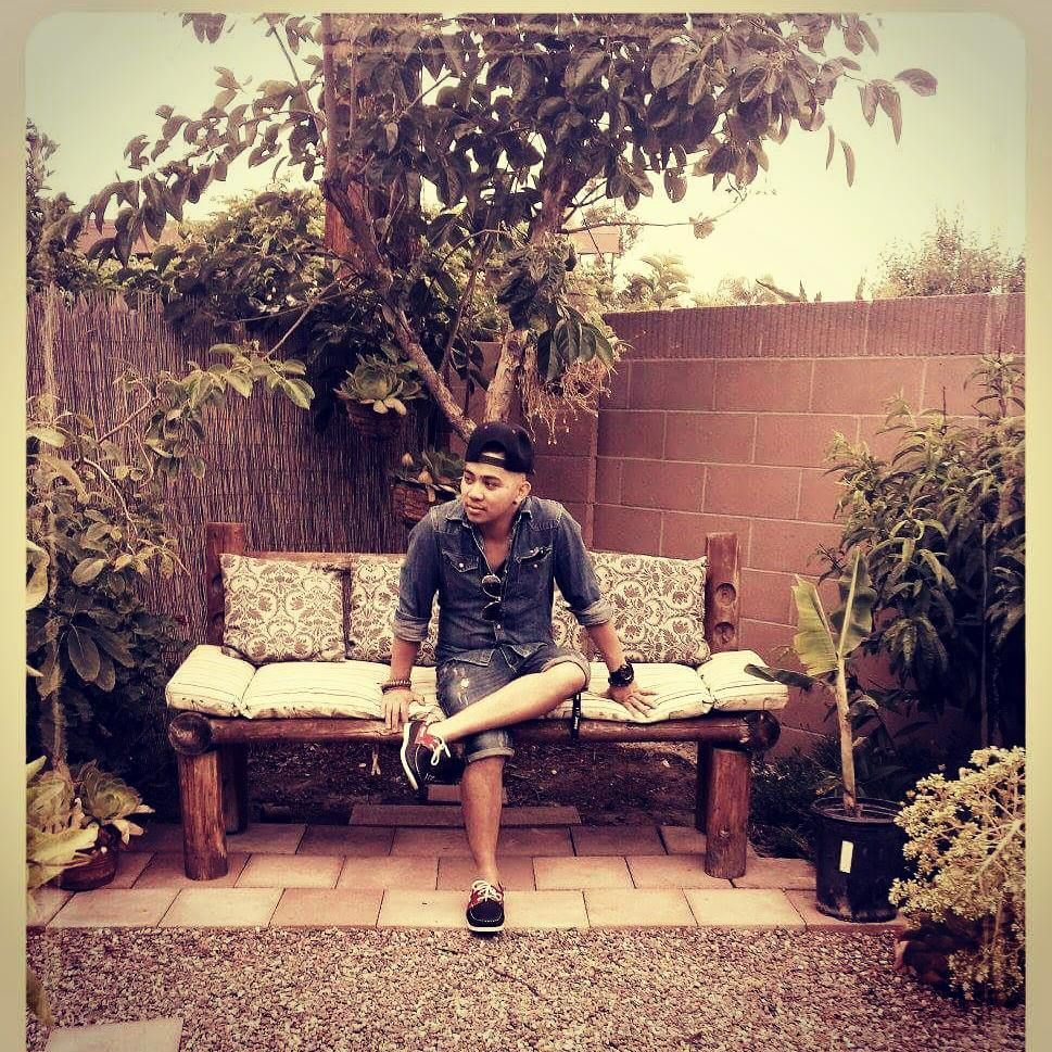 "Llaad_Cabalde on Instagram: ""Its so nice settin in here #backyard #nature #nature_perfection #home #homesweethome #ootd #picoftheday #fashionpost #mensoutfit #asianboy…"""