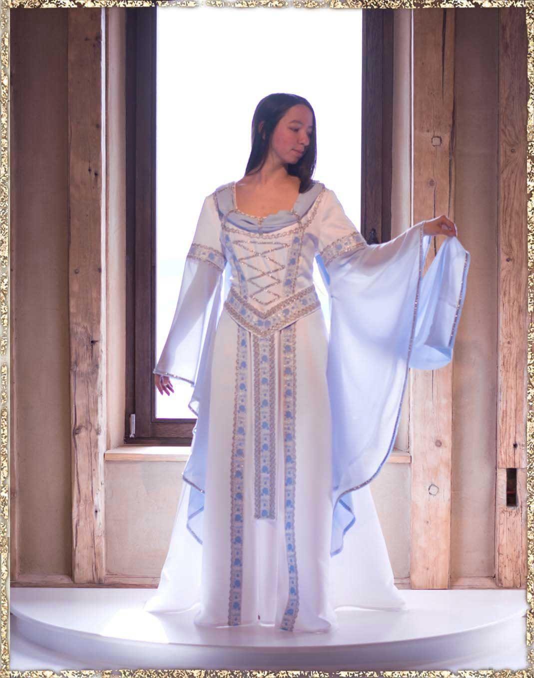 Schalkleid Gwelwen | Schalkleid, Kleider, Mittelalter