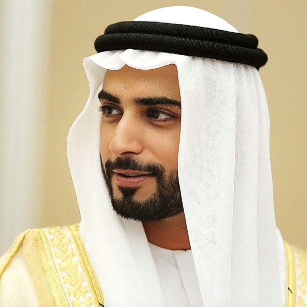 الشيخ زايد بن سلطان بن خليفة آل نهيان حفيد رئيس الدولة حفظه الله ورعاه تصويري Sheikh Zayed Bi Handsome Arab Men Beard No Mustache Men Tumblr