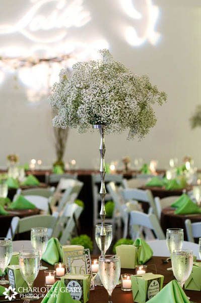 The Tall Centerpiece Is Simple And Uses Inexpensive Gypsophila But So Effective