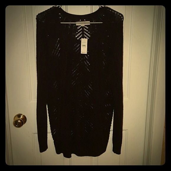 *New* Ann Taylor loft knit sweater *NWT IN PREFECT CONDITION*  Ann Taylor sweater. I will drop price to $30 if added to a bundle :) Ann Taylor Tops