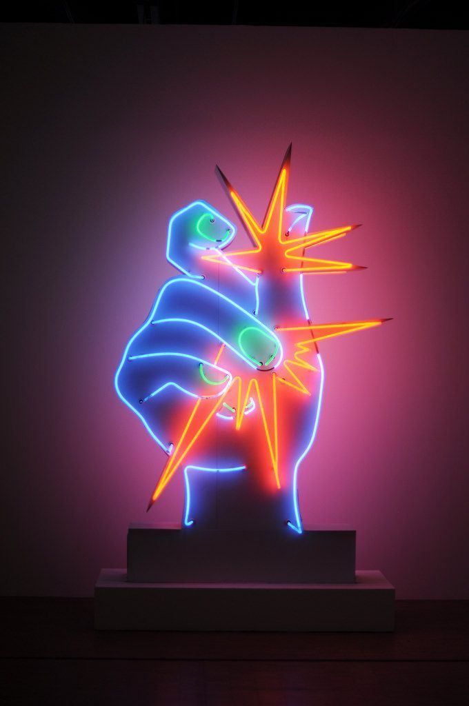 Neon art martial raysse martial raysse pinterest for Neon artiste contemporain