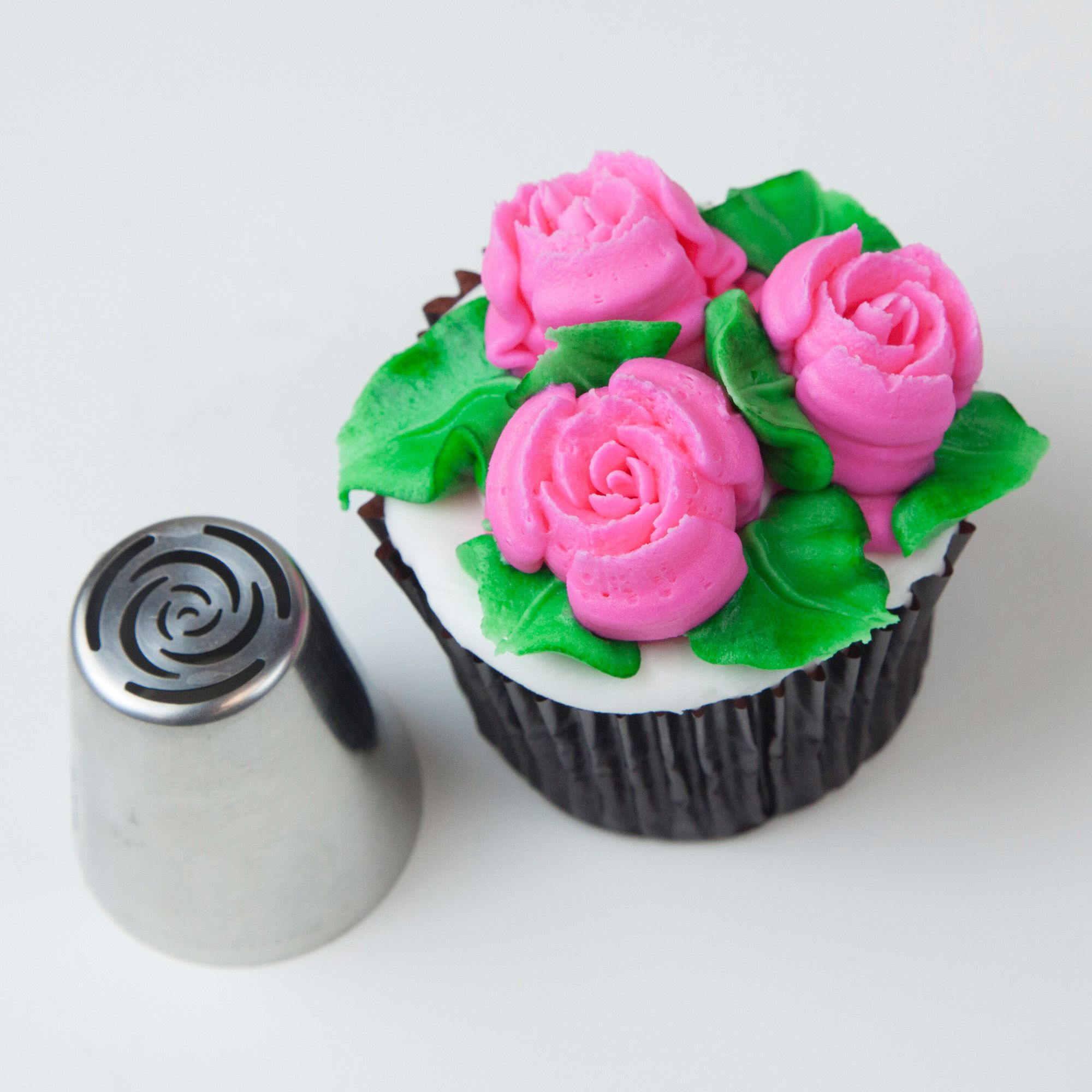 Cake Decorating Tips Roses : Russian 10 Petal Rose Tip Cake Decorating: Russian Tips ...