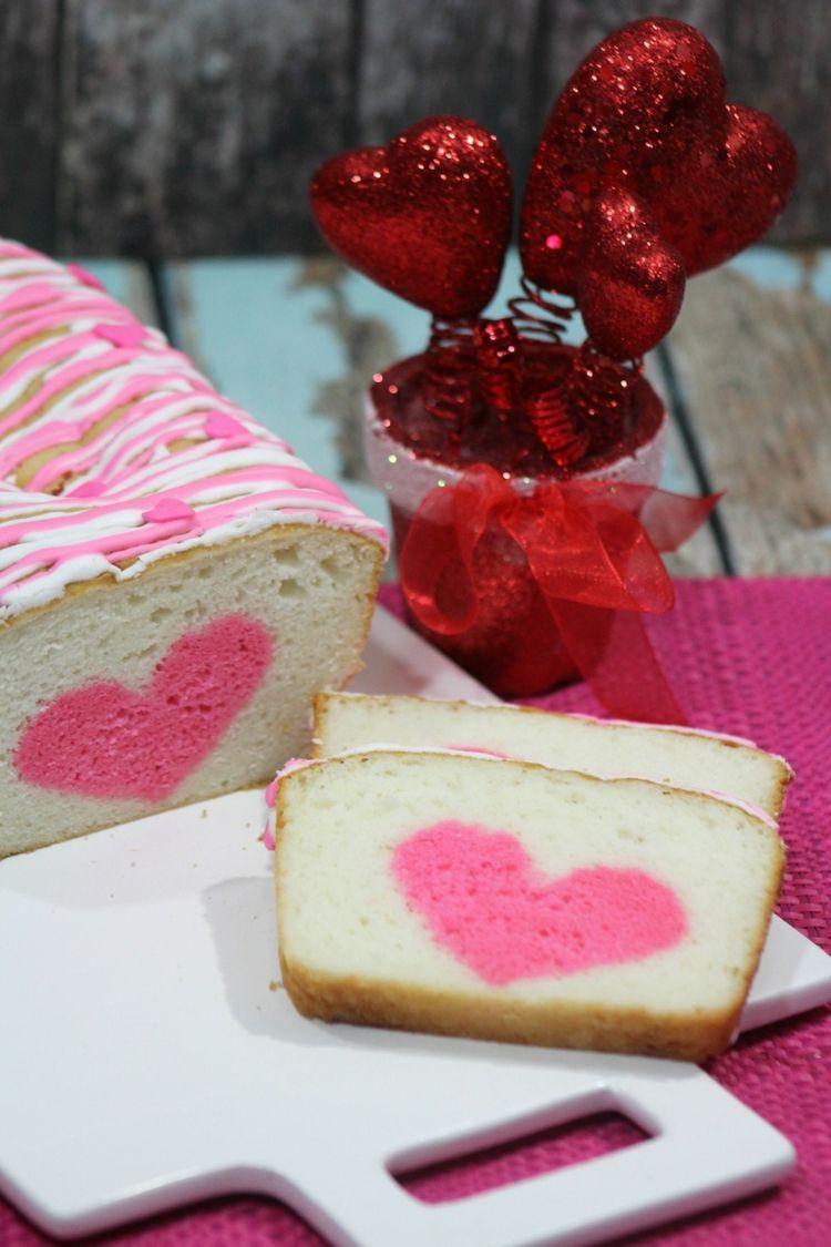 Kastenkuchen Mit Herz Innen Origineller Ruhrkuchen Mit Uberraschung In 2020 Valentinstag Kuchen Kuchen Rezepte Herzkuchen