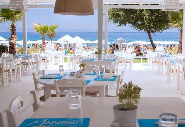 Sea Side Restaurant Manassu Sithonia Chalkidiki | Living