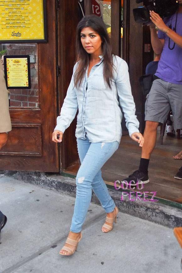 kourtney kardashian full jean outfit nyc