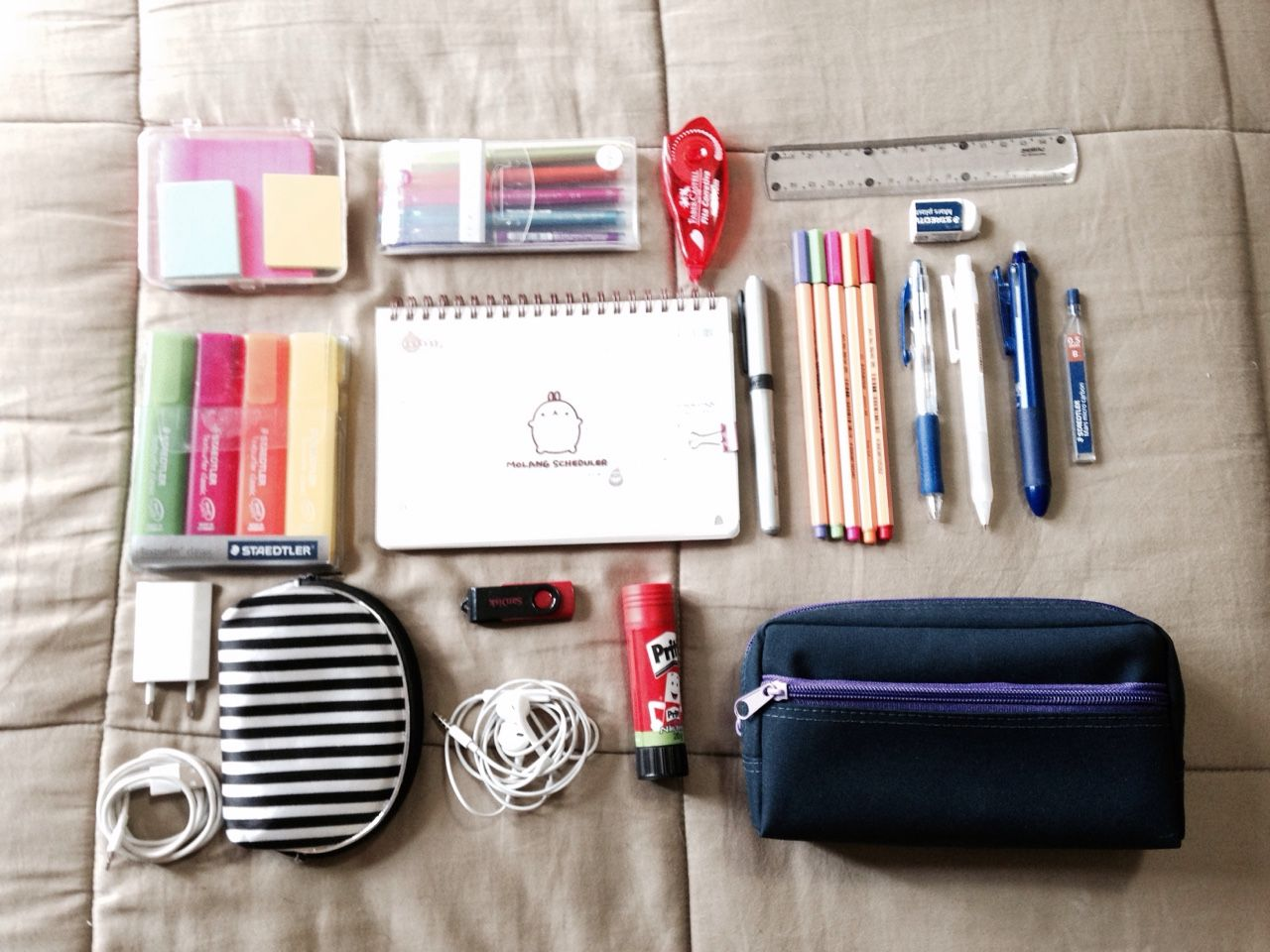 How can i stay organized in high school, without being to nerdy?