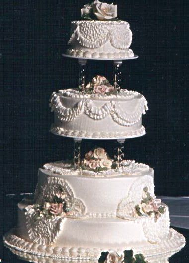 Modern Wedding Cakes With Fountains