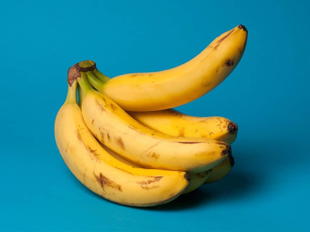 how to preserve bananas in fridge