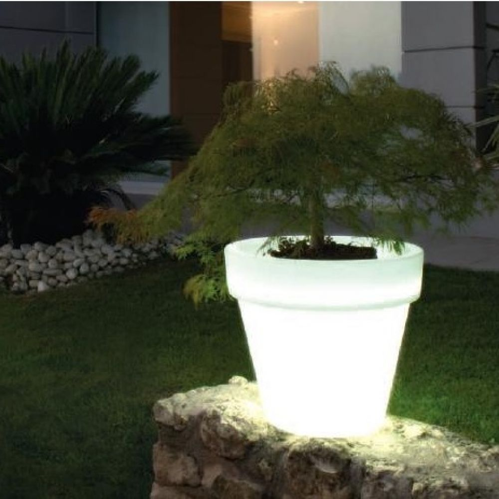 Vas Plant Pot Lamp
