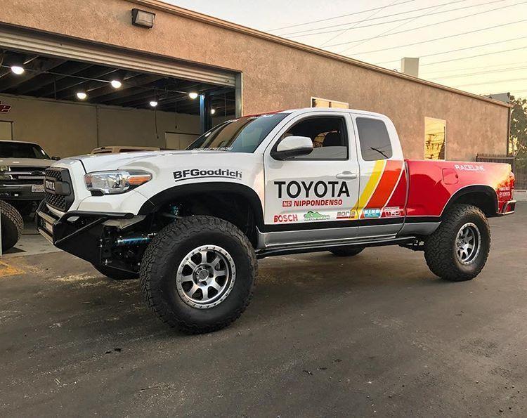 pin by shannon brett on trophy trucks toyota tacoma toyota trucks trophy truck pinterest