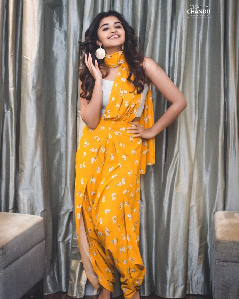 b785e5a3ecf5 Dhoti saree pants Cute Girl Photo, Western Outfits, Indian Outfits, Cotton  Dresses,