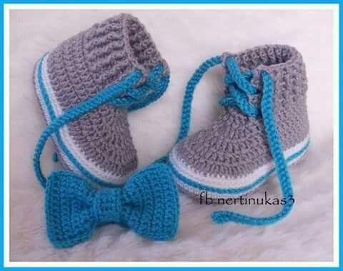 Pin De Vivian Lambraño En Zapatos Zapatillas Pantuflas Botines Bebes Niños Y Adultos Zapatos De Ganchillo Zapatillas De Ganchillo Zapatos De Bebé De Ganchillo