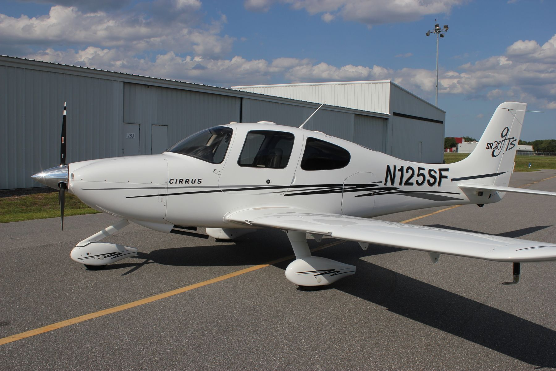 Pin by Jon Sonsteby on Aviation | Cirrus sr20, Engine