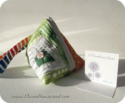 Samosa Pouch Tutorial by Shruti from 13 Woodhouse Road | Sew Mama Sew |