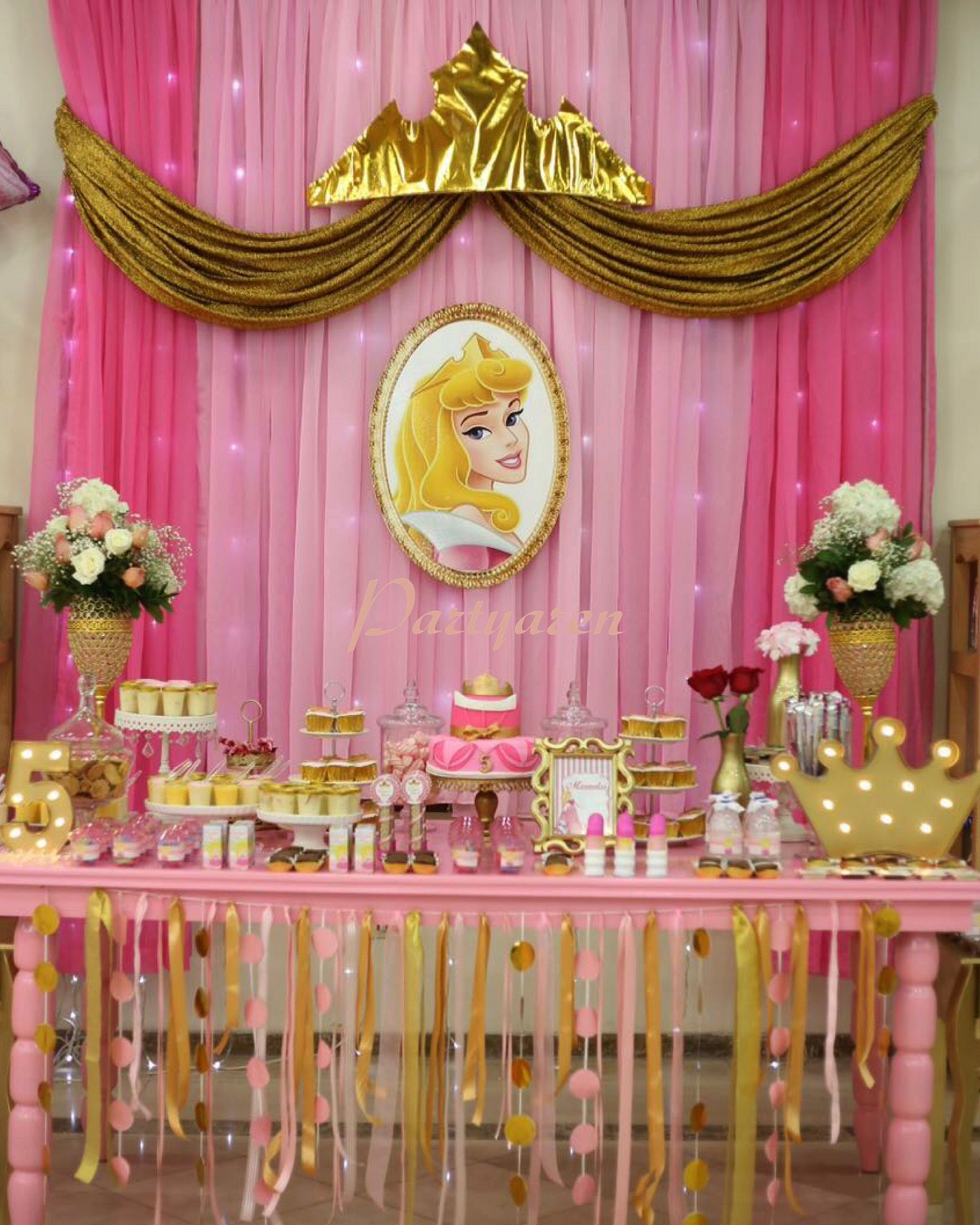 Flawless 42 Beautiful Princess Curtains Design Ideas For Happy Little Girl Https Decore Princess Party Decorations Princess Aurora Party Princess Theme Party