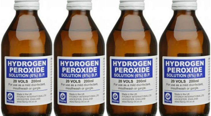 Hydrogen Peroxide is kind of a super-chemical. It's dangerous enough to kill all the cells in an area but safe enough to put on your skin or inside a few cavities. Using hydrogen peroxide only takes a minute or so of preparation, as adding water to it is usually the only prep needed. It's also something that can be taken anywhere and easily adapted to fit your specific situation. If you have some hydrogen peroxide laying around, be sure to use these 18 Great Uses for Hydrogen Peroxide.  Use…
