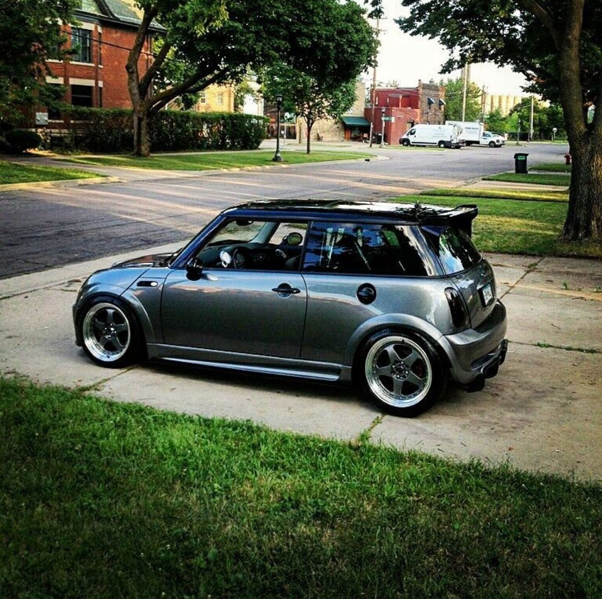 pin by jerod chadwick on cars pinterest mini cooper s mini cooper sport and cars and. Black Bedroom Furniture Sets. Home Design Ideas