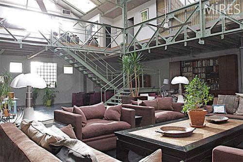 24 id es de mezzanines pour votre loft maison bois pinterest mezzanine poutres et la poutre. Black Bedroom Furniture Sets. Home Design Ideas