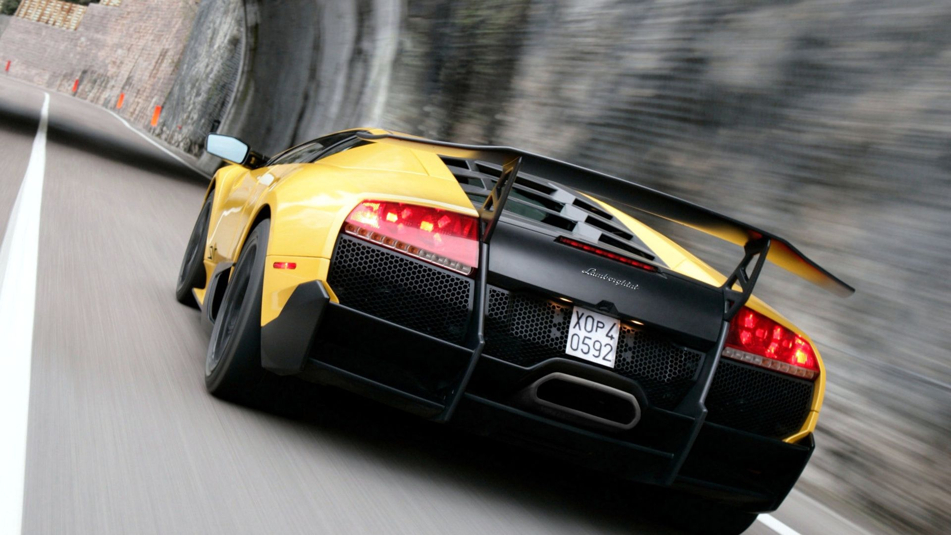 Yellow Lamborghini Murcielago LP SV Motion HD Wallpaper