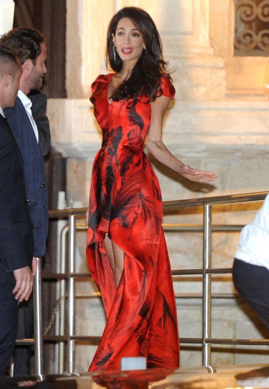 Amal Wore A Customized Alexander Mcqueen Gown In Red And Black