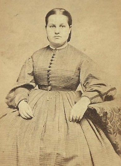 CDV PHOTO YOUNG WOMAN IN LARGE FASHION HOOP DRESS 3 CENT TAX 1866