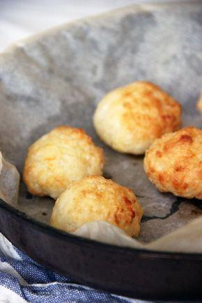 Spécialité du Brésil :  Pão de queijo à la farine de tapioca et au cheddar / Not parisienne