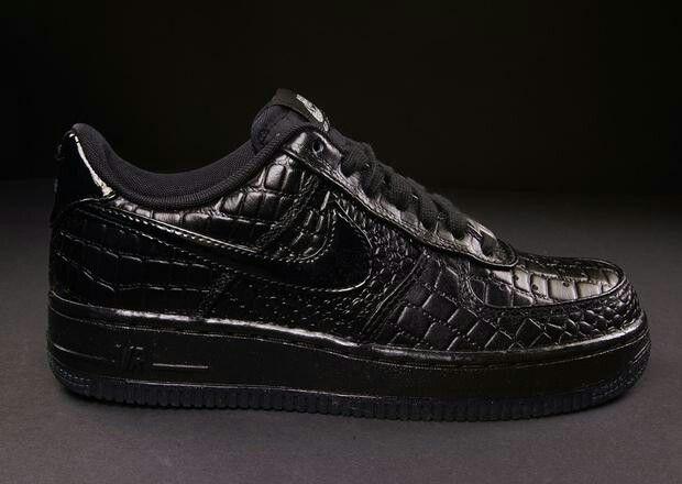 79b4accf7ec4ac Nike Air Force 1 - patent crock black