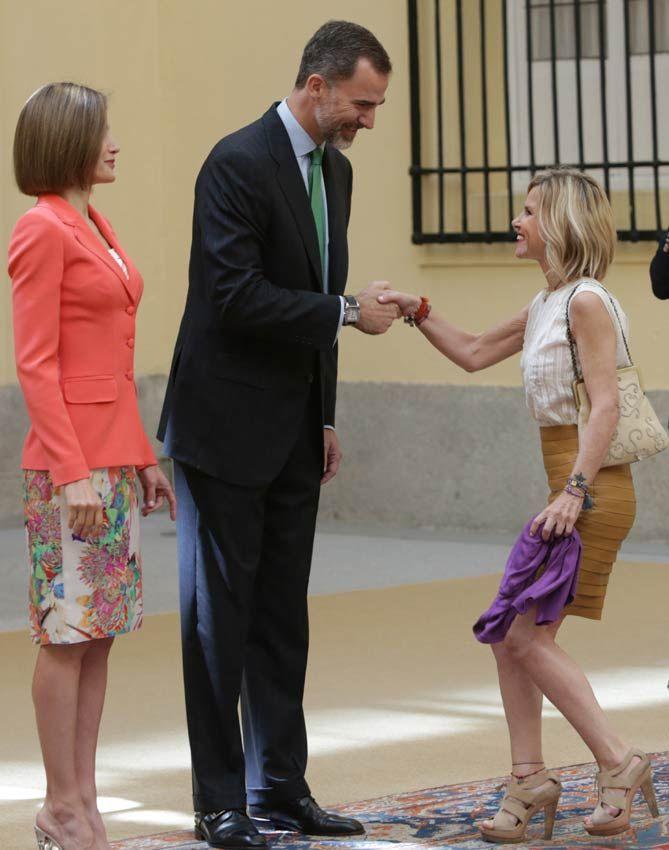 El Rey saluda a la Duquesa de Montoro