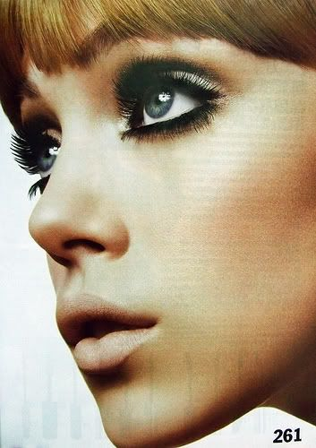 1960 S Hair Make Up With Images 60s Makeup