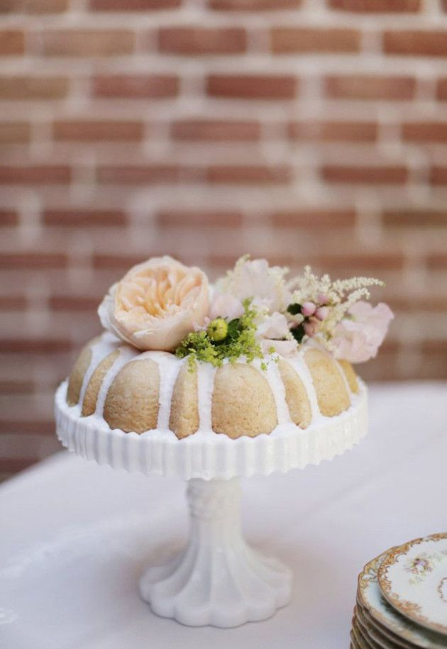 Single Tiered Wedding Cakes Bridal Musings Blog