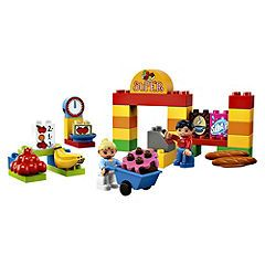 LEGO Duplo My First Supermarket The LEGO Duplo My First Supermarket is busy and always full of shoppers. And with so much to buy like bananas bread cake soap coffee and strawberries the cashier will be busy at the cash register. Dup http://www.comparestoreprices.co.uk/lego/lego-duplo-my-first-supermarket.asp