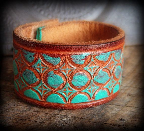 Recycled leather bracelet