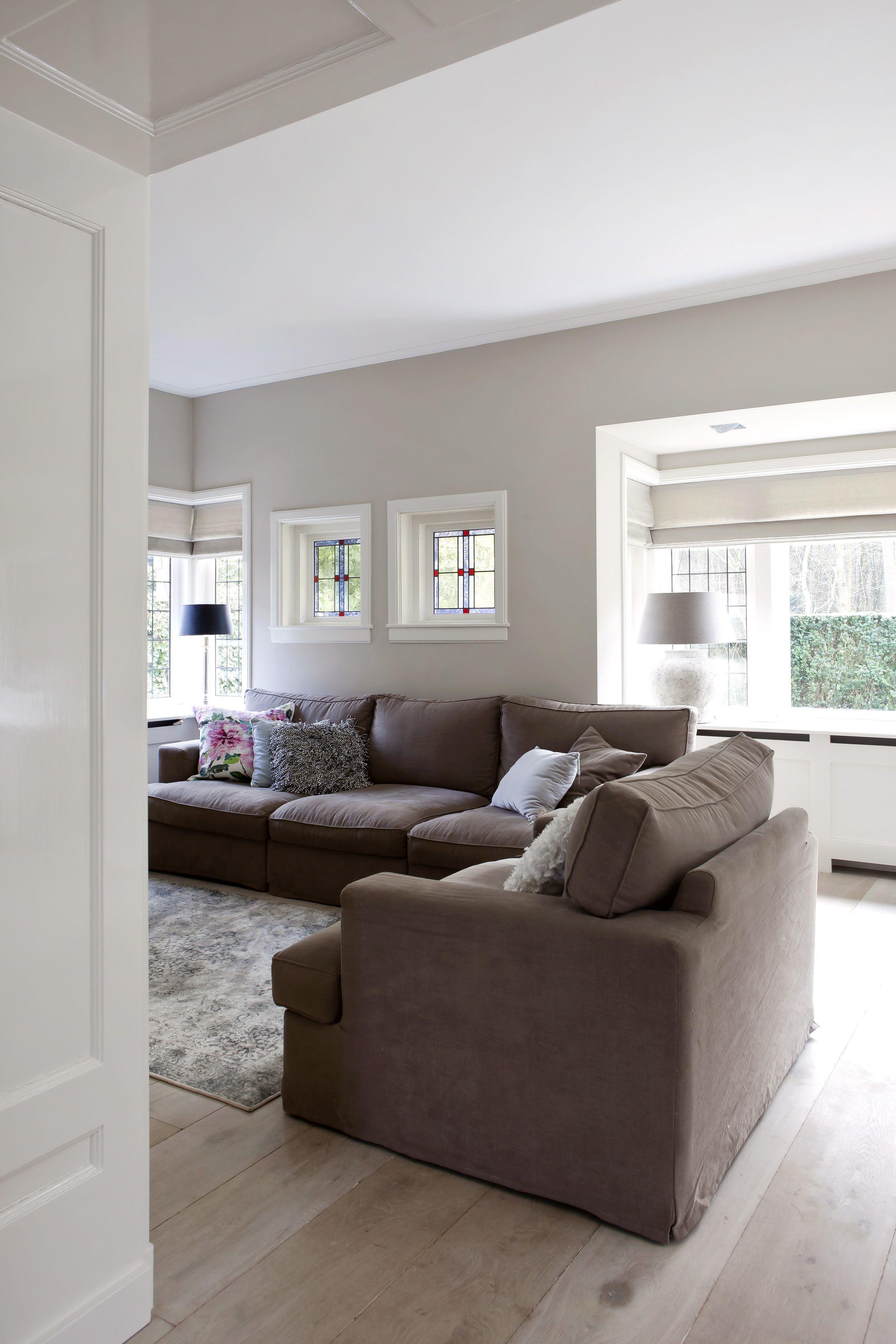 Landelijk moderne woonkamer met vouwgordijnen van zonnelux foto anneke gambon stijlvol - Kleur moderne woonkamer ...
