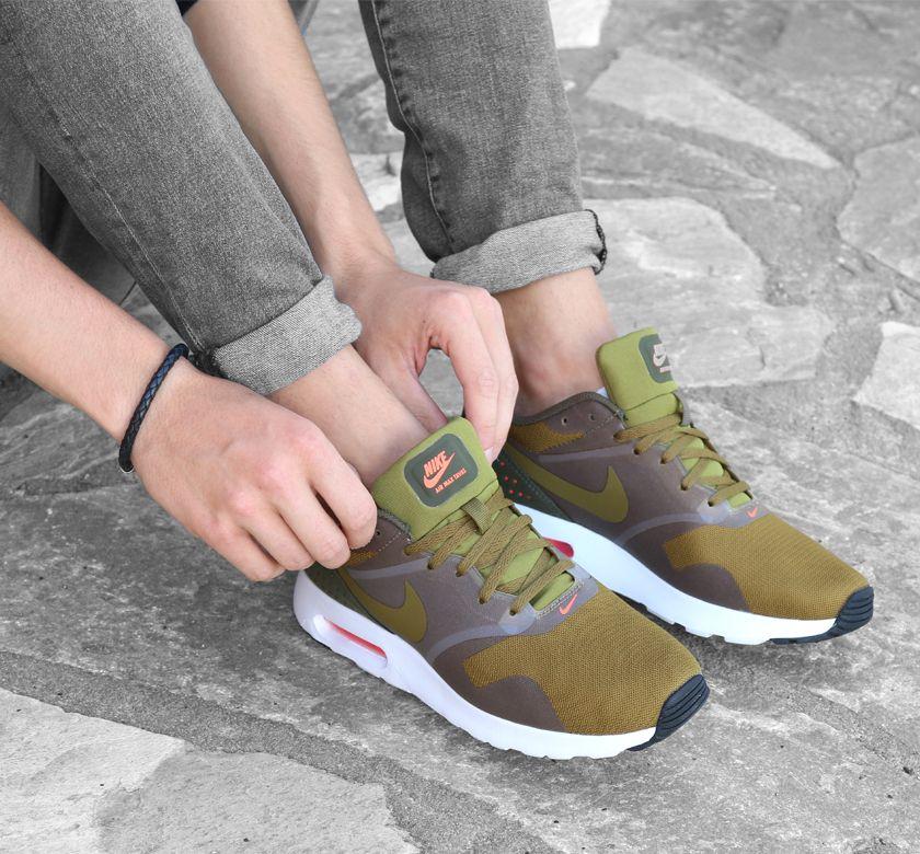 Nike AIR MAX TAVAS groene sneakers Nike air max, Nike air