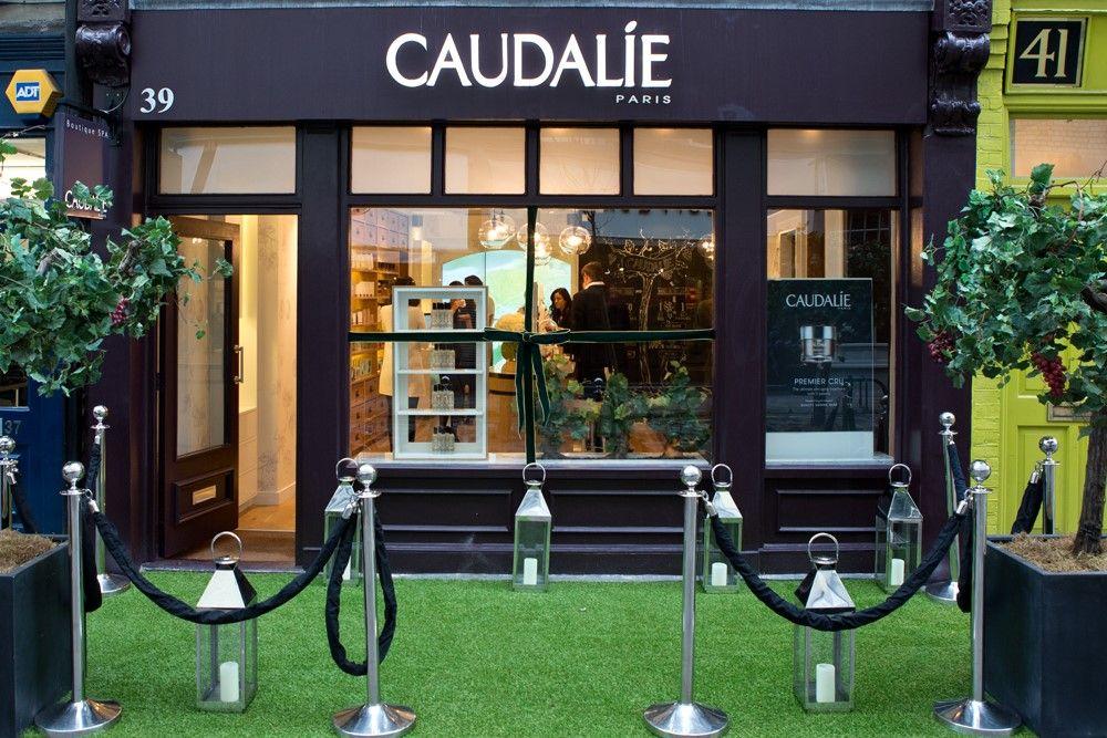 Caudalie Boutique Launch In London Vitrine Noel Mobilier Sur