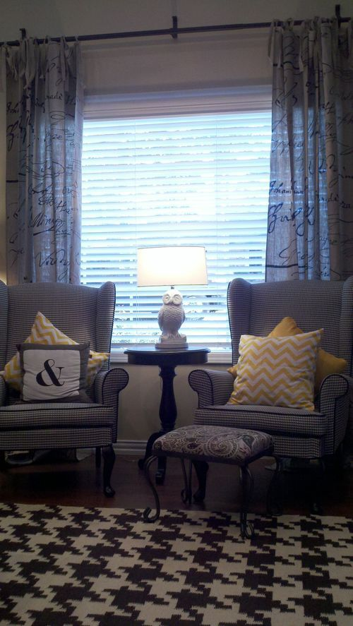 Houndstooth Rug Yellow Pillows Black And White Chairs
