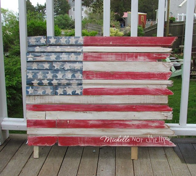 DIY Repurpose A US flag made from pallet / wooden scraps
