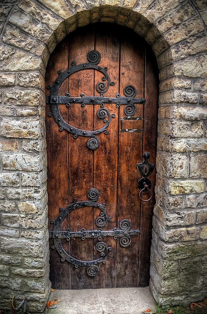 Cieszyn La colina del castillo - Capilla   Puertas   Pinterest ...