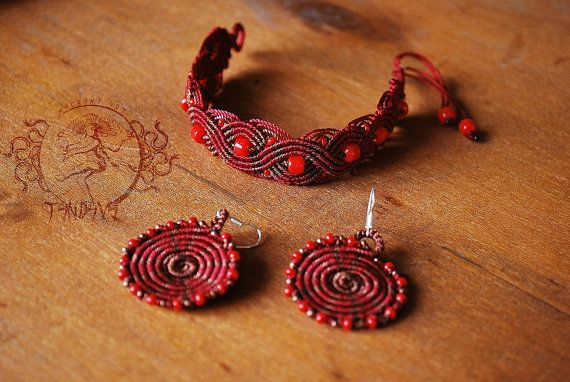 Elegant and Unique Macramé set, earrings + bracelet, hand crafted, made with Love.