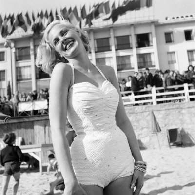 Cannes Film Festival 1953, Actress Roxanne Tunis - Love the swimsuit.