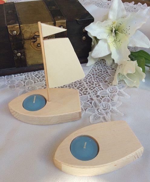 tischdeko boot mit segel f r kommunion taufe segel. Black Bedroom Furniture Sets. Home Design Ideas