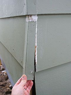 Replacing Metal Corner Caps On House With Wood Siding Siding Repair Masonite Siding Wood Siding