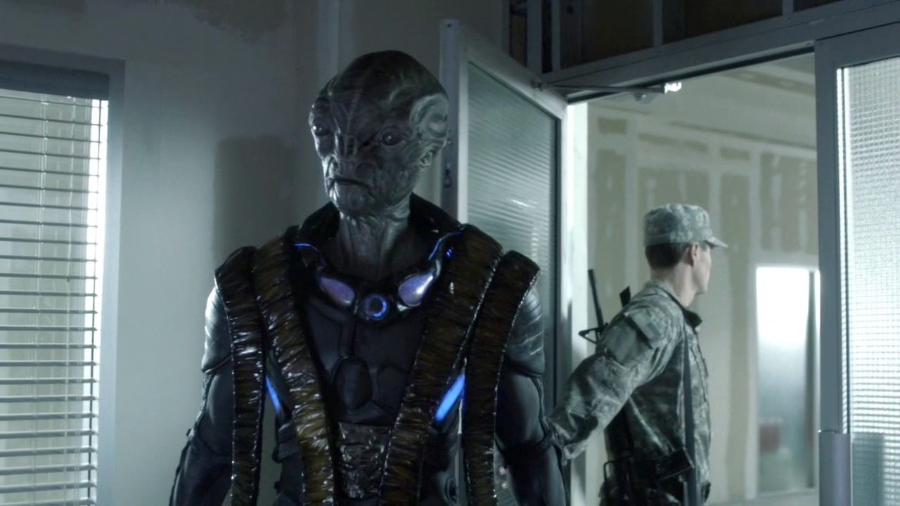 """TV review: 'Falling Skies' S3 EP1 """"On Thin Ice"""" – SEASON PREMIERE ..."""