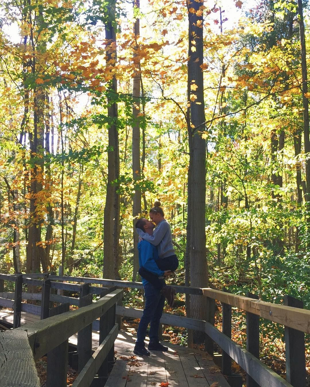 Romantic Date Ideas You Can Take Your S/O On This Fall In ...